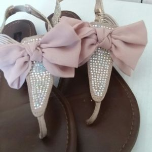 MATERIAL GIRL pink sparkly bow sandals